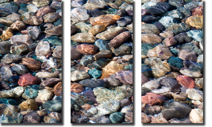 Stones_in_shallow_water_r00qb4