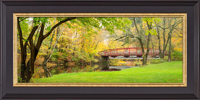 Wfc_290_wpa_2.5x1_red_bridge_autumn_web_xp59c0