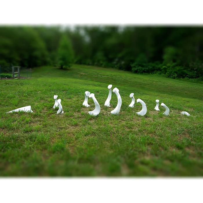 All_sculpture_1000x1000_0017_bones_kbypyf