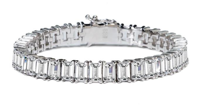 Silver_estate_emerald_bracelet_a_zmvmjg