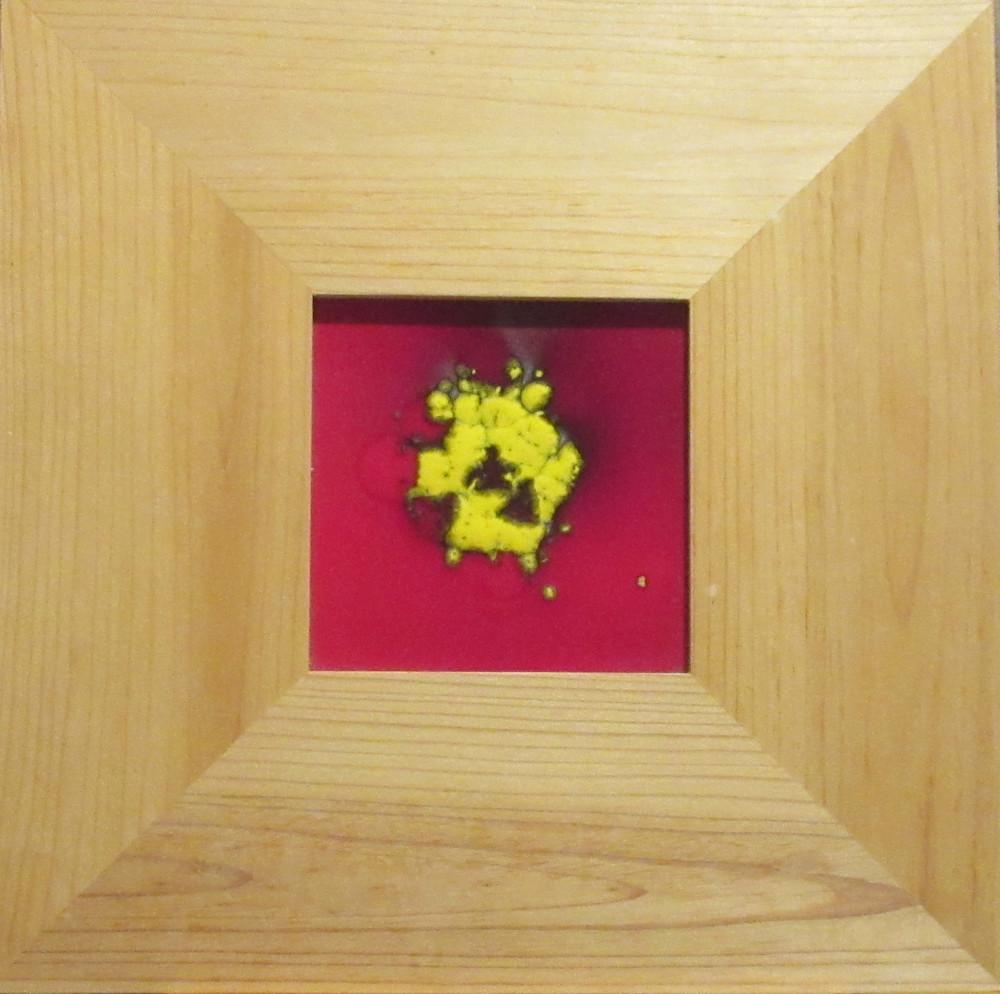 Ceramic-tile-red-yellow-dot-ategtq