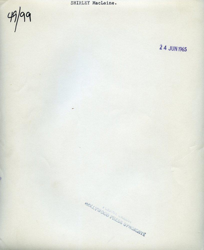 Shirley-MacLaine--7x9-back-h1hkjw