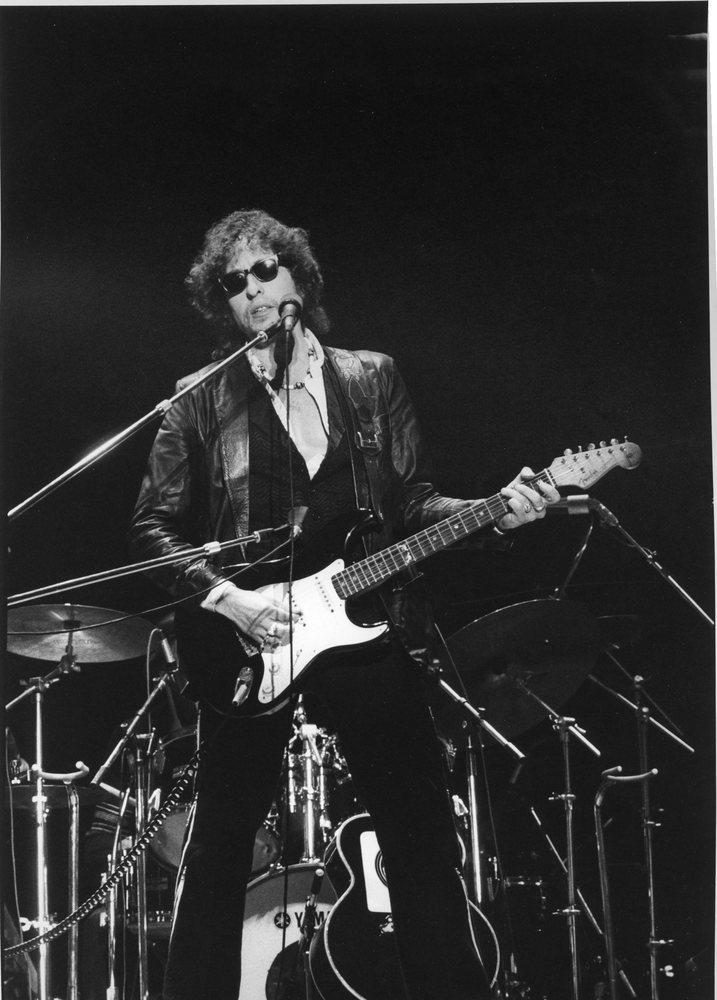 Bob-Dylan--9x12-Front-KK-z7nbgn