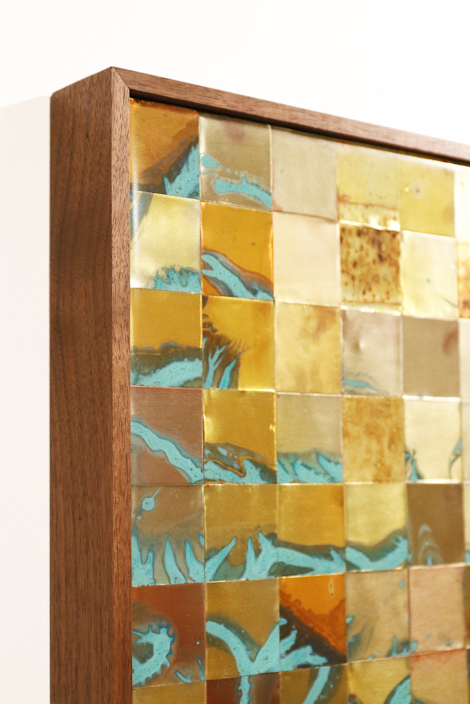 TakeThemUp-framedetail-kzmcdi