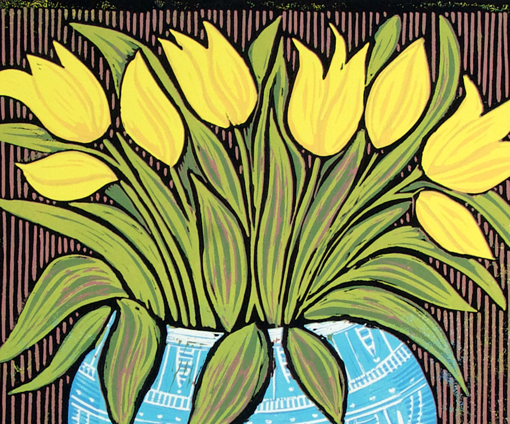 1-tulips-brown-detail-xjrrrk