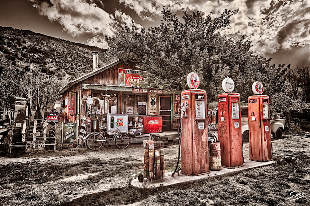 frontier gas station 1000px