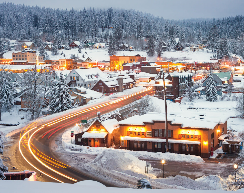 DEC    Winter Lights Truckee