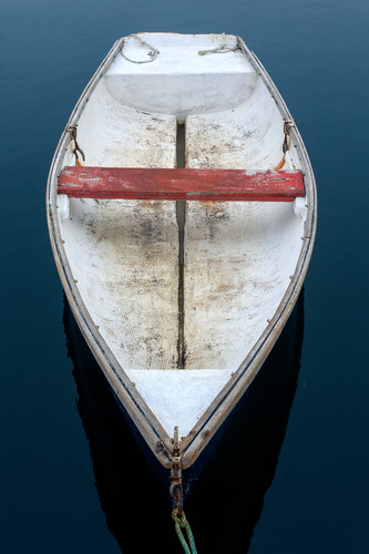 Cape porpoise weathered rowboat 1 je5omo