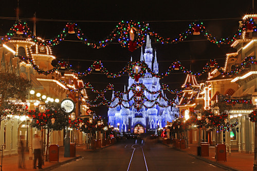 Magic_kingdom_at_christmas_sznin7