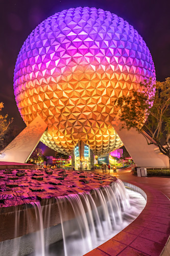 Spaceship earth at night 6 hoeigh