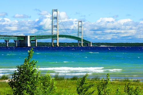 Mackinac_bridge_xzvfmn