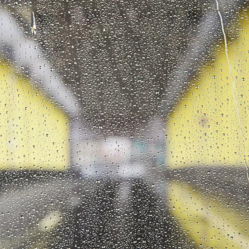 Abstract_rain_2_j5lfez