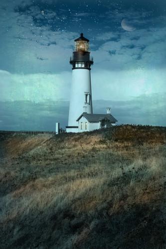 Lighthouse yzr7az