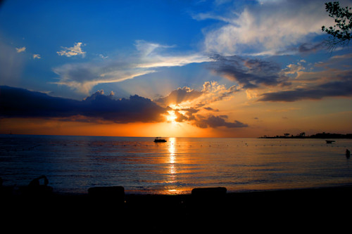 Jamaican_sunset_rays_1_by_steve_ellenburg_ikmemg