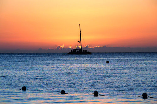 Jamaican_sailboat_sunset_2_o1pmd8
