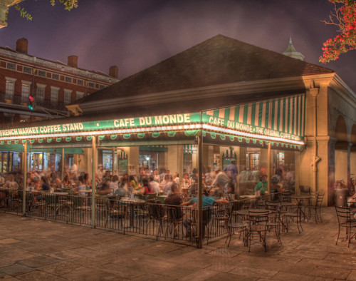 Cafe_du_monde_by_steve_ellenburg_tr3p1r