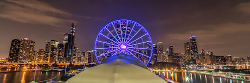 Chicago_skyline_from_the_navy_pier_mldiie
