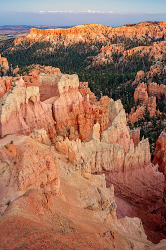 Vertical sunset point bryce canyon utah axe8u1