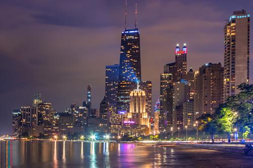 Chicago nights skyline ttav9h