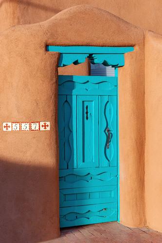 557 blue door in allbuquerque nm gjigvr