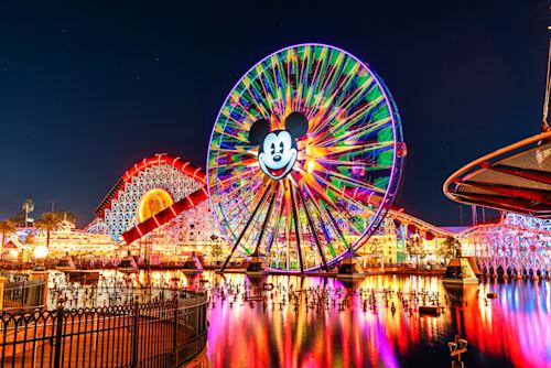 Pixar pier and mickey mouse at california adventure kqxhja