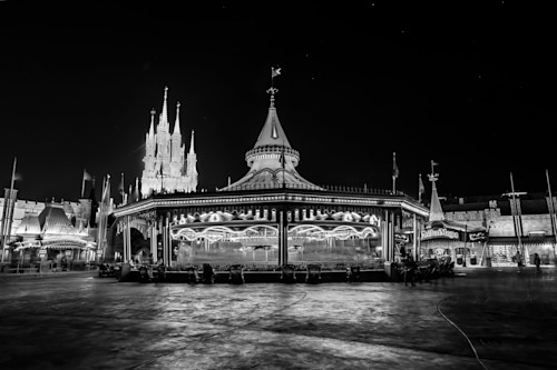 Prince charming regal carousel black and white dnhpwe