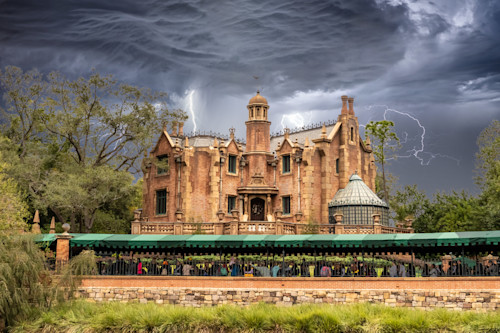 Stormy haunted mansion tsm6f2