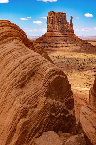 Mitten and adams rock monument valley arizona pou2vz