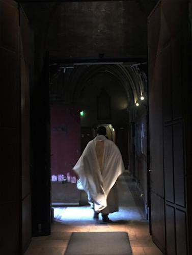 Priest in paris iowa4m