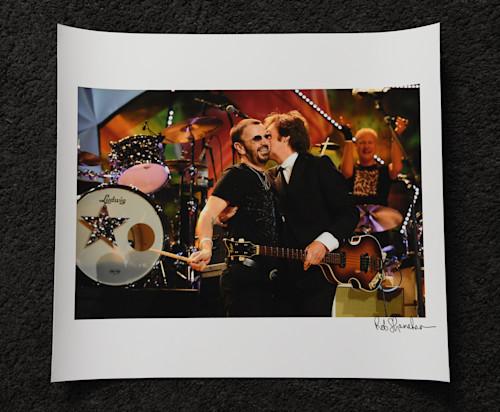 Ringo paul hugging  2 18x16 art paper scqenz