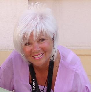 Karin Lynn Cumming, Abstract Artist | SavvyArt Market