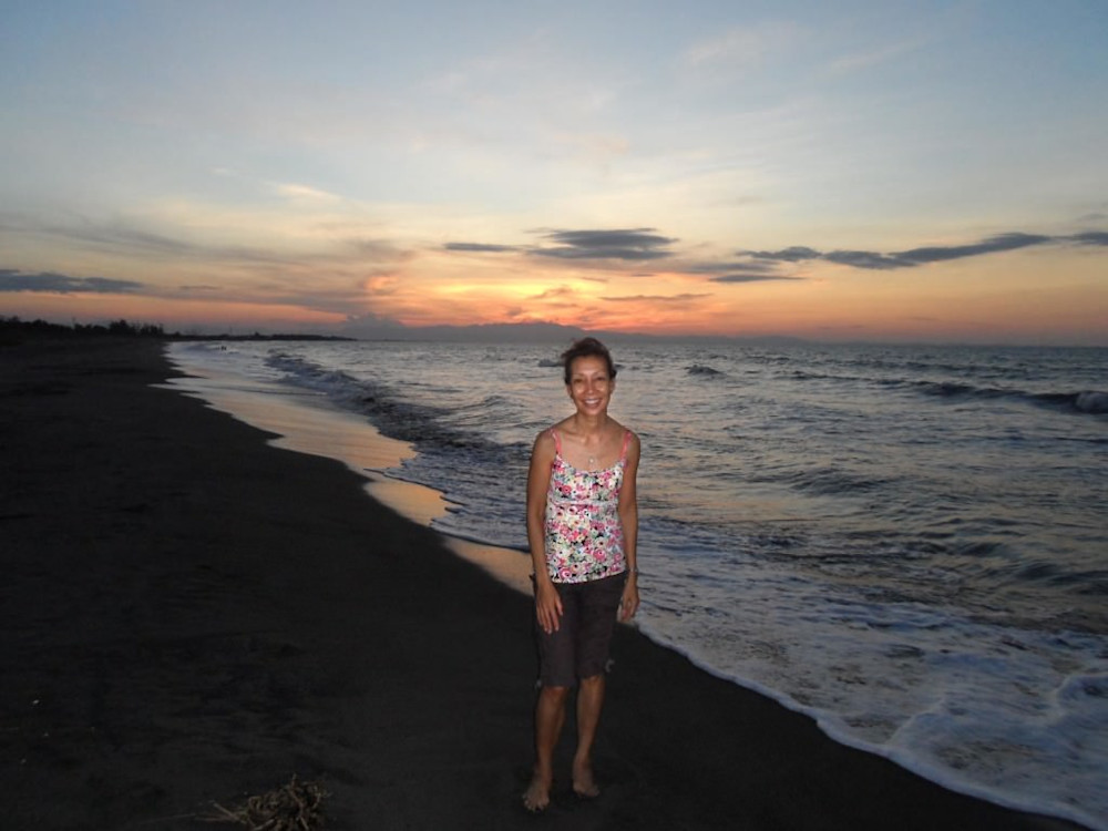 Victoria at Bonuan Beach, Pangasinan