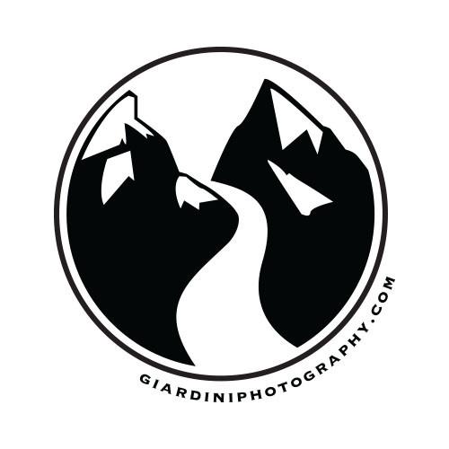 Giardini Photography Round Logo