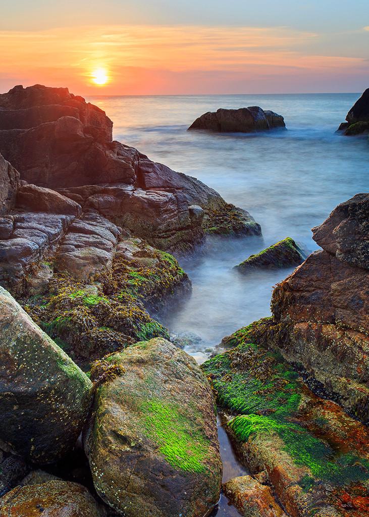 narragansett ri rhode island coast seascape sunrise photography photograph photo print hazard rocks ocean drive