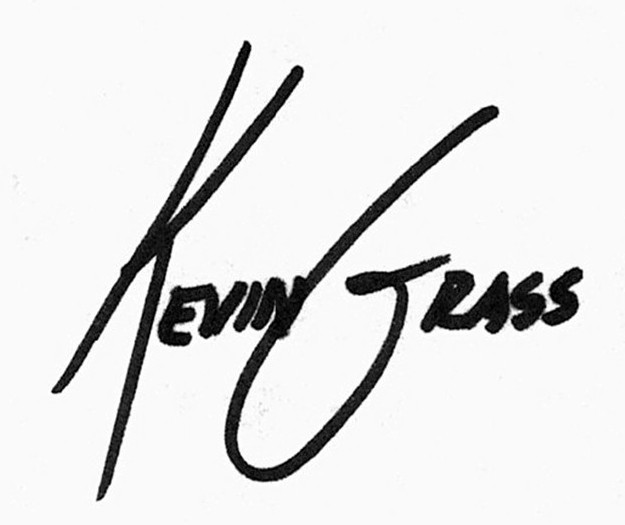 Signature of Florida artist Kevin Grass.