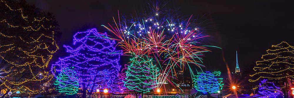 Minneapolis Art Prints - Holidazzle Fireworks 1