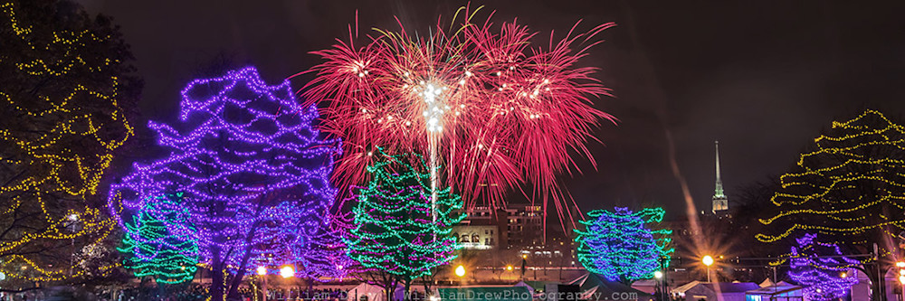 Minneapolis Art Prints - Holidazzle Fireworks 5