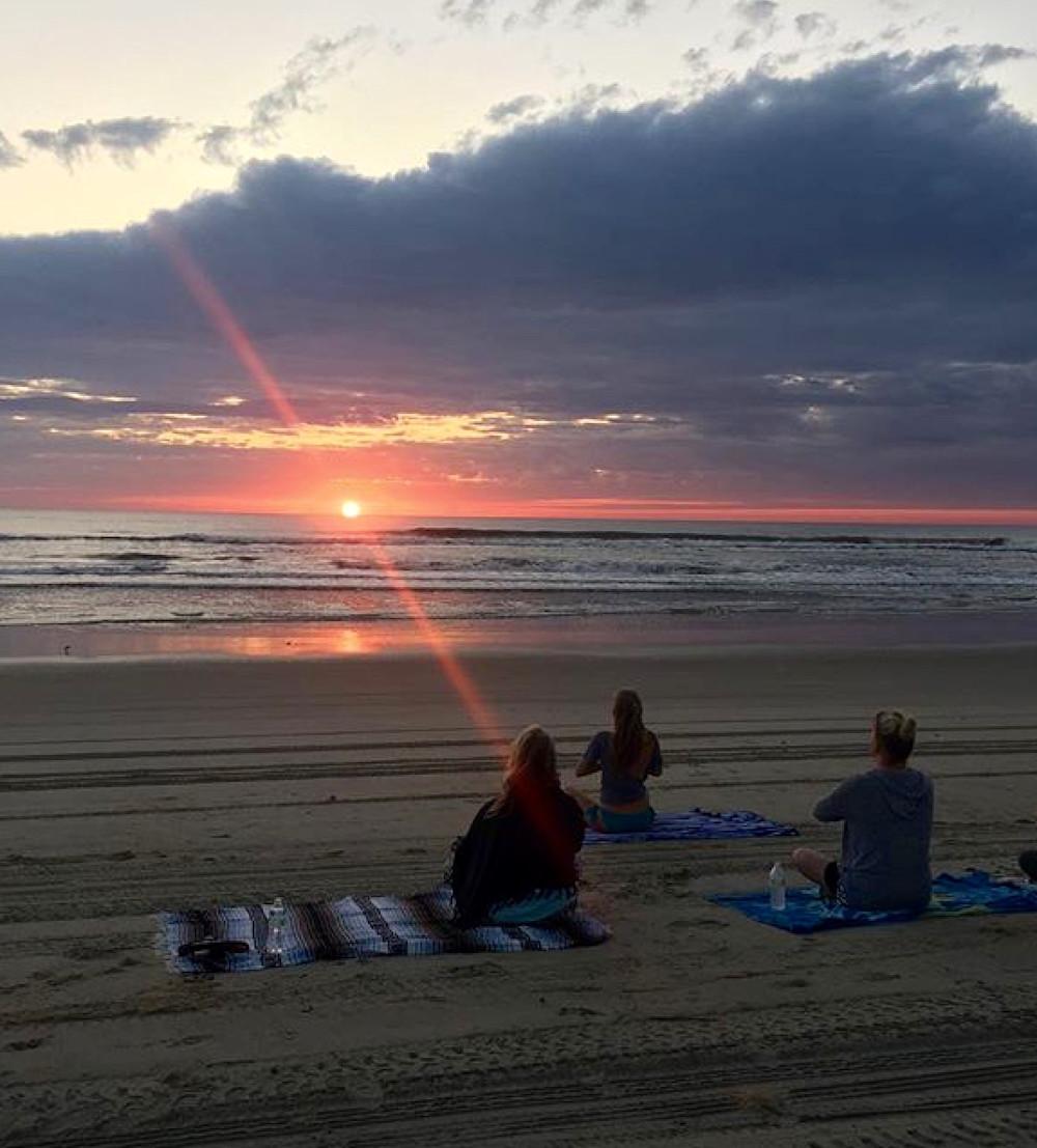 sunrise yoga kelly berkey