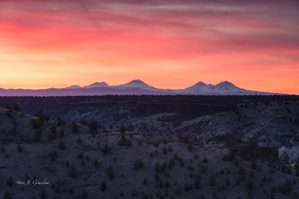 Chimney Rock Plateau Sunset (1810104LNND8) copyright 2018