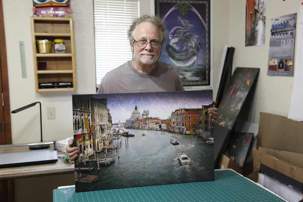 vincent DiLeo with photo of Venice