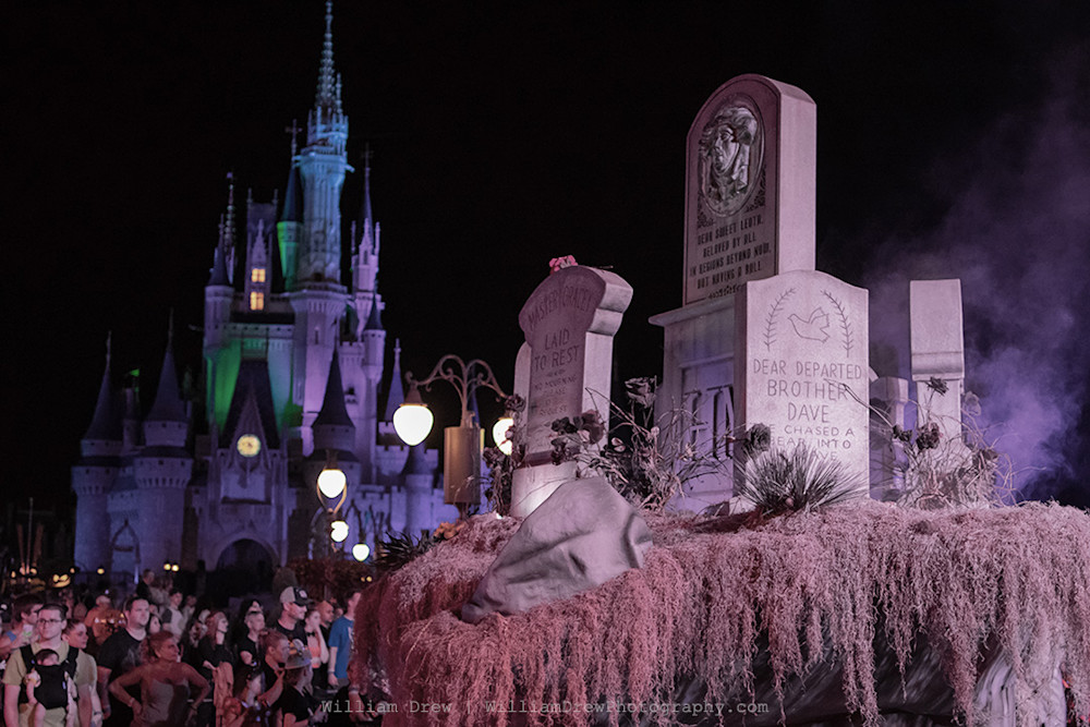 Boo To You Graveyard - Cinderella's Castle Photos | William Drew Photography