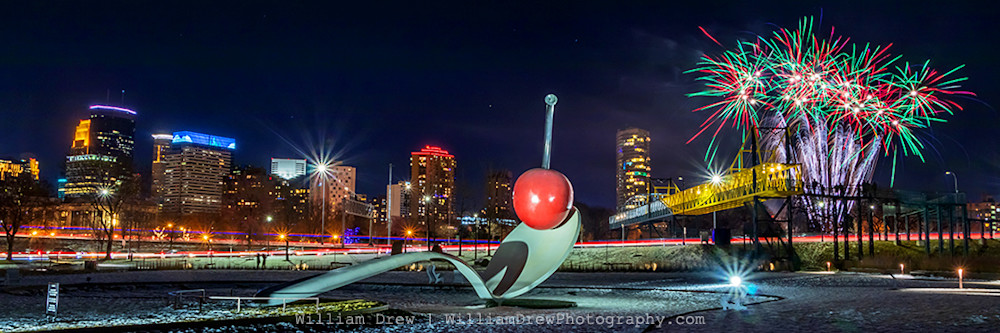 Minneapolis Holidazzle Fireworks - Minneapolis Skyline Art | William Drew Photography