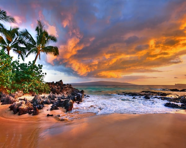 Hawaii Photography | Hidden Cove by Randy J Braun