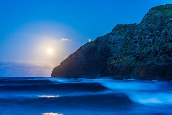 Surf Photography | Makapu'u Moonrise by Doug Falter