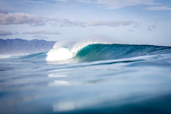 Surf Photography | Perfect Lift by Doug Falter