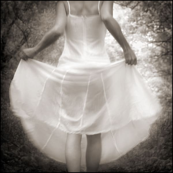 Skirt Circle Photography Art | Tom McFarlane Photography