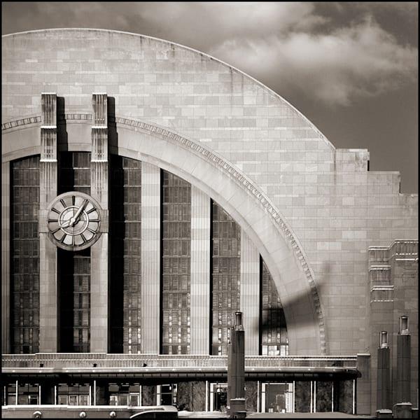 Union Terminal Clock Arch