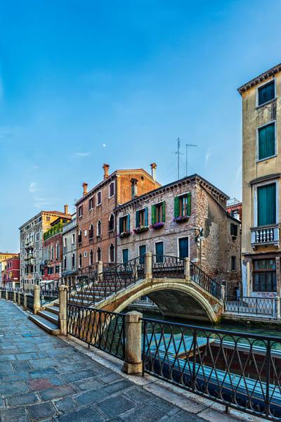 Calle Contarino - Venice - Italy