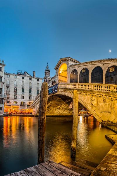 Rialto Bridge - Venice - Italy