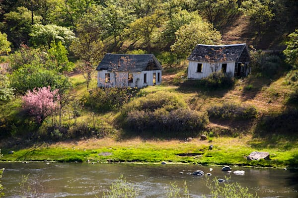 abandoned shacks by interstate 5 in northern california.
